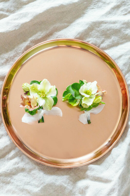 How to wear wedding corsages