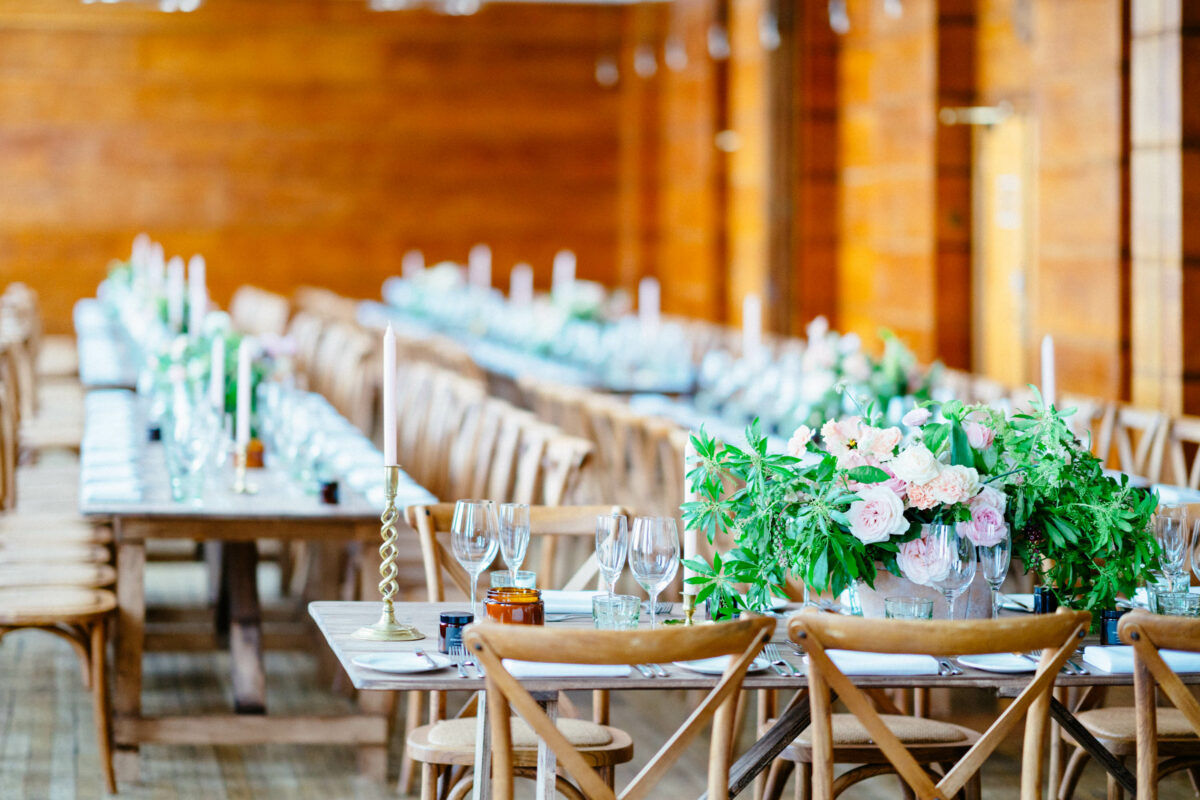 town hall hotel wedding flowers long table centrepieces by blooming haus london florist