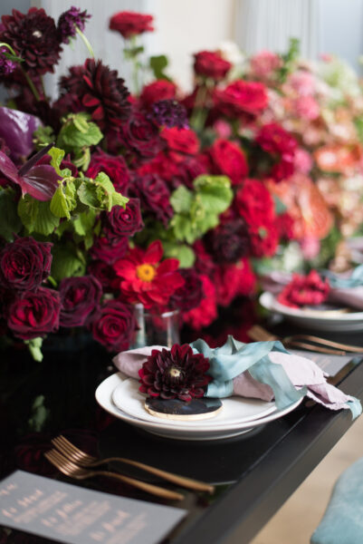 Wedding Budget, red and blush table arrangement