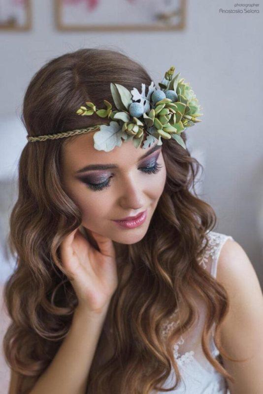 30 stunning ways to wear wedding hair flowers boho succulents min 683x1024 1