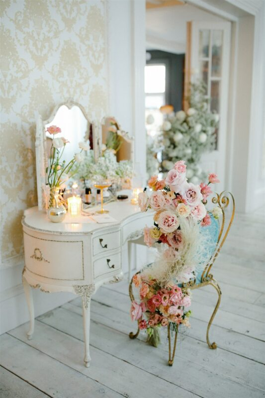 Flowers for Weddings, Chair arrangement with roses and dried flowers