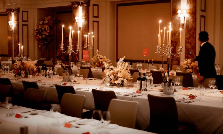 micro wedding table arrangements in kimpton fitzroy london