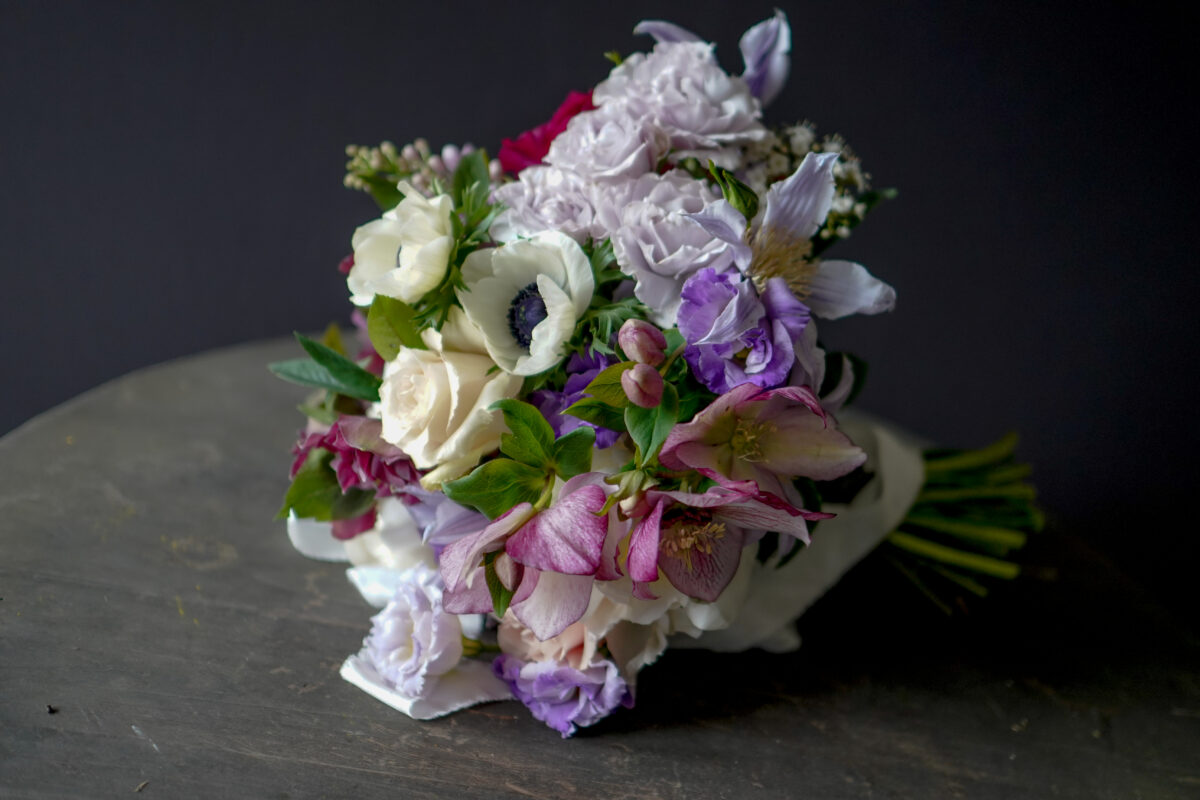 spring bouquet in a lilac and white colour scheme