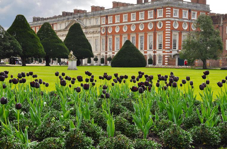 hampton court royal gardens